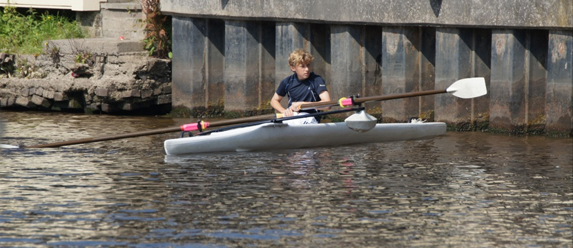 RECREATIONAL ROWING BOATS (SCULLING) from Ahoy-Boats